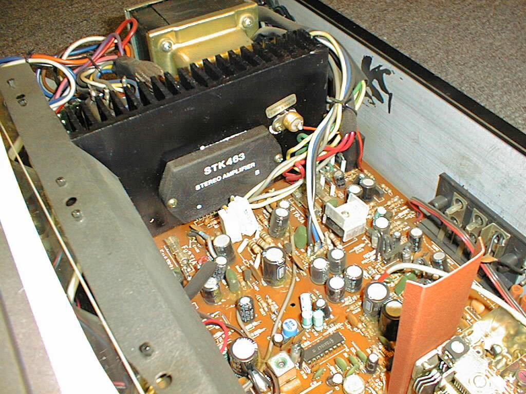 hochwertiger AM//FM Receiver Telefunken RR-100 RR100